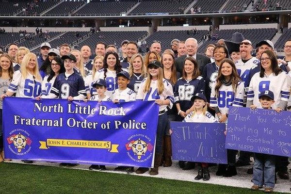 jerry_jones_police